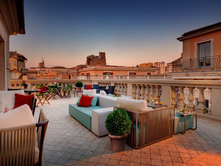 Singer Palace Hotel, Roma